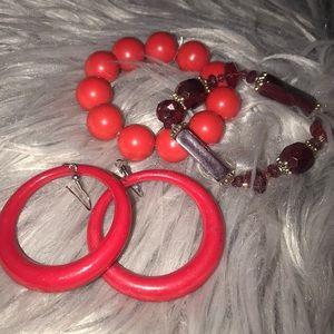 Jewelry - NWOT RED EARRING BRACELET SET